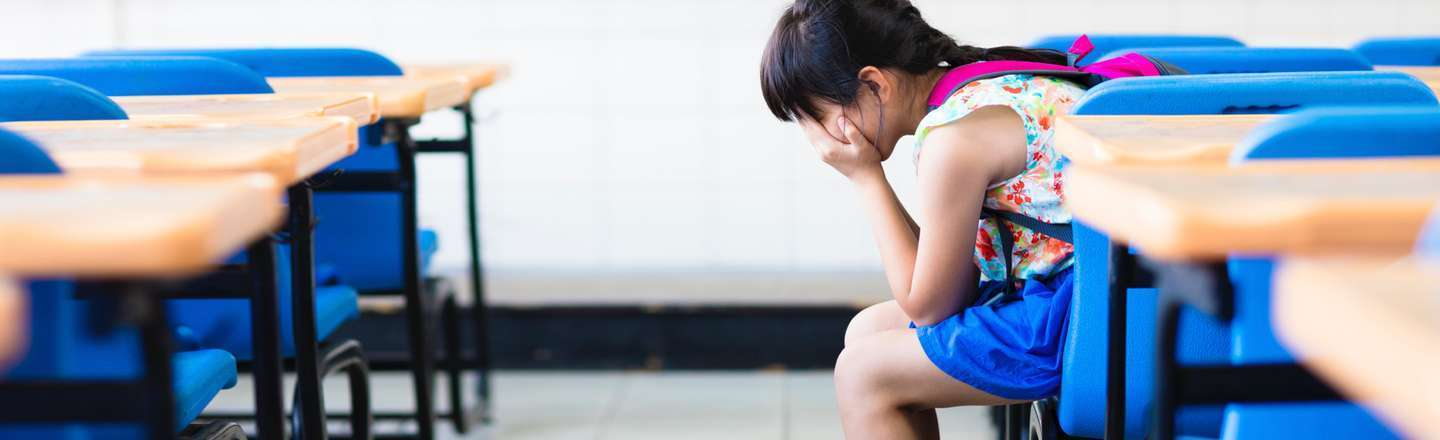 6 Horrific Realities When Your Skin Falls Off For No Reason