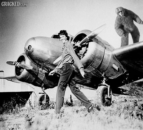 17 Photographs from History That Would Explain Everything