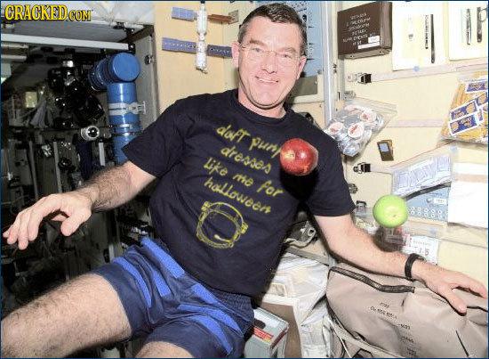 The 25 Secret Perks of Being an Astronaut