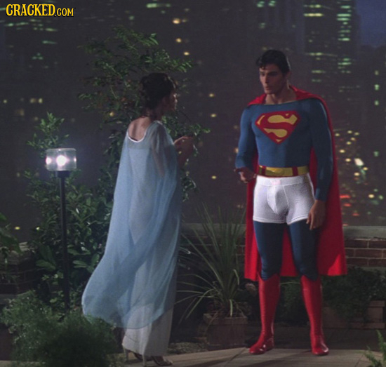 28 Classic Movie Scenes Ruined by a Minor Change in Costume