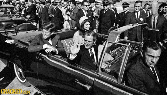 24 Horrifying Details You Didn't Notice in Famous Photos