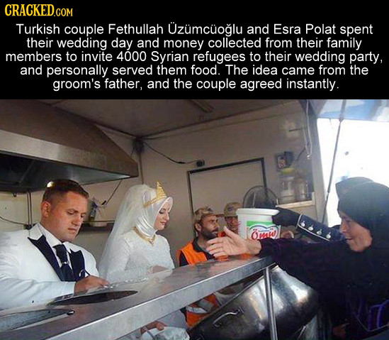 Turkish couple Fethullah Uzumcuoglu and Esra Polat spent their wedding day and money collected from their family members to invite 4000 Syrian refugee