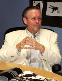 4 Big Reasons Orson Scott Card Is a Goddamn Lunatic